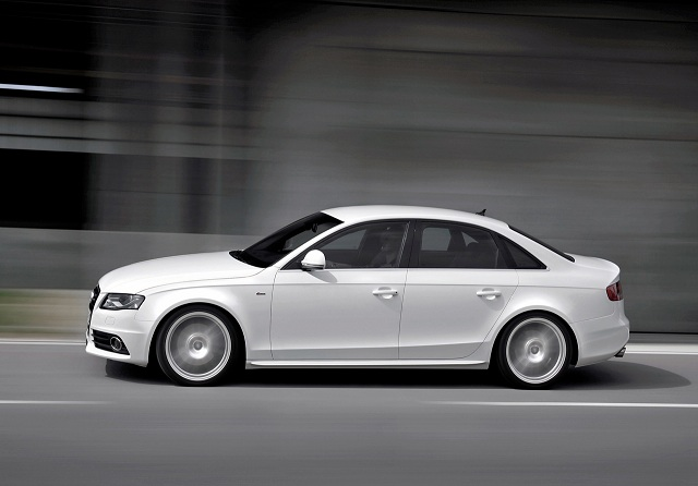 2015-Audi-A4-Pictures