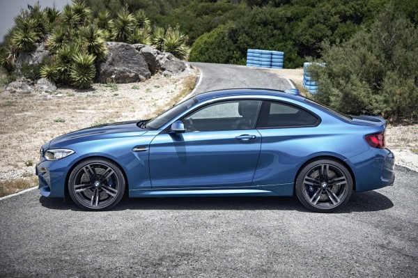 bmw sports coupe M2 2016 -9